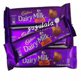 image of Cadbury Dairy Milk Roast Almond 40g
