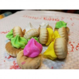 image of 媽咪在花餅 mammy flower biscuits 100gm
