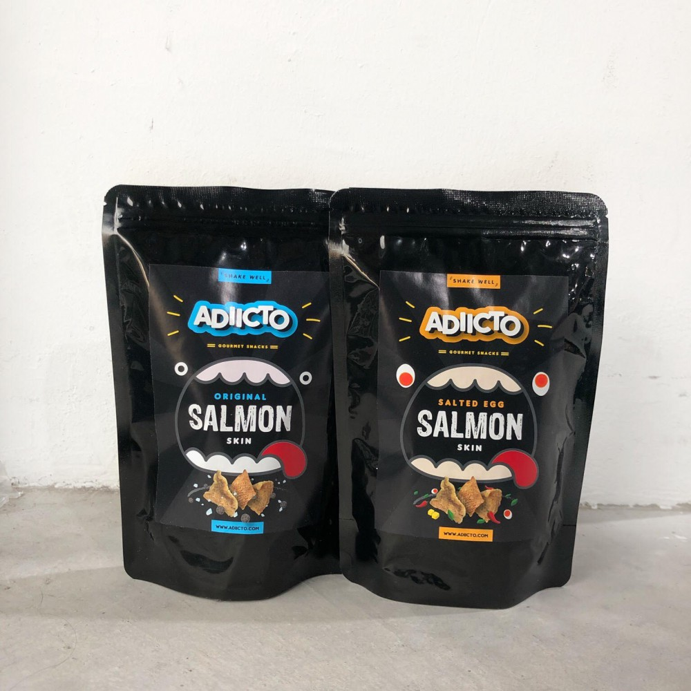 Adiicto Salmon Skin-One(1) Salted Egg Salmon Skin and One(1) Seasalt & Pepper Salmon Skin 72gram[Salted Egg Fish Skin]